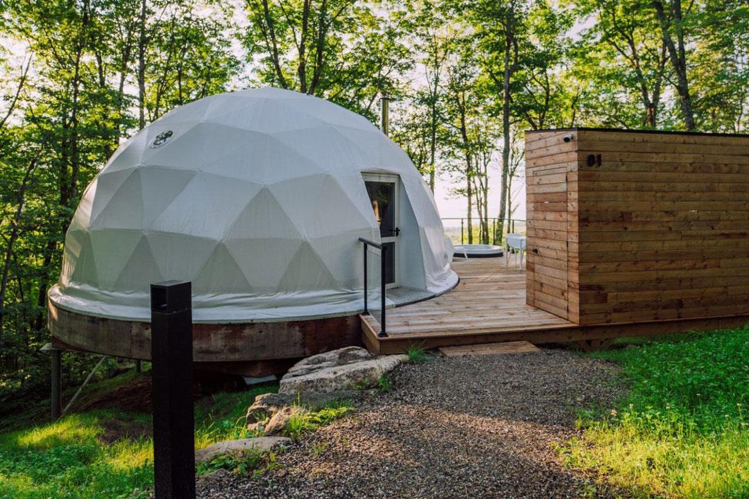 Domes-Charlevoix-Québec-Petite-Riviere-Saint-Francois