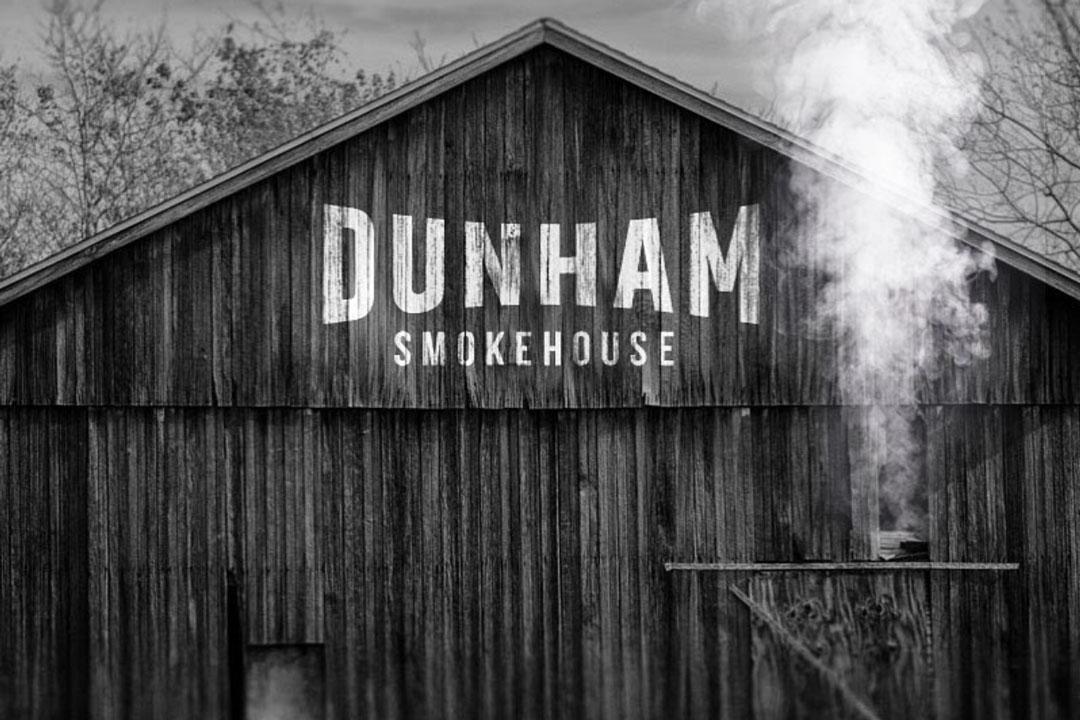 Dunham-Smokehouse-Québec-Cantons-de-l'Est-Dunham