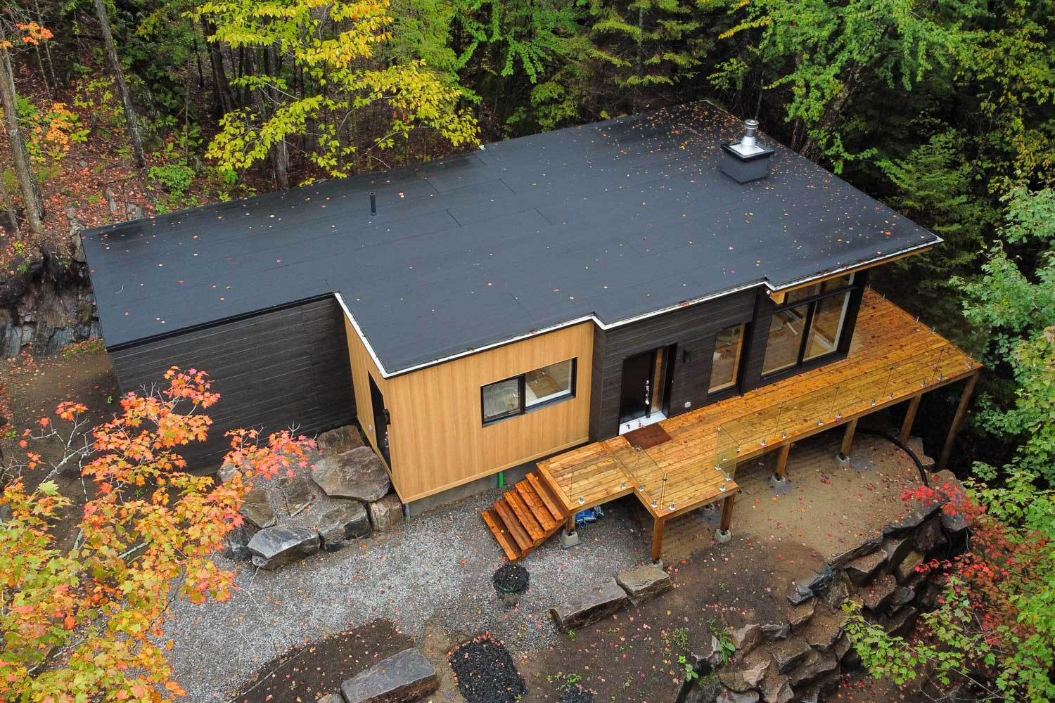 Observation de la faune Glamping Quebec Chalet-SKOV---Suite-Chalets, Mont-Tremblant, Laurentides, Quebec, Canada
